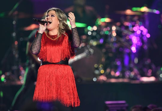 Kelly Clarkson will play her first show at the Resch Center in more than a decade this year.