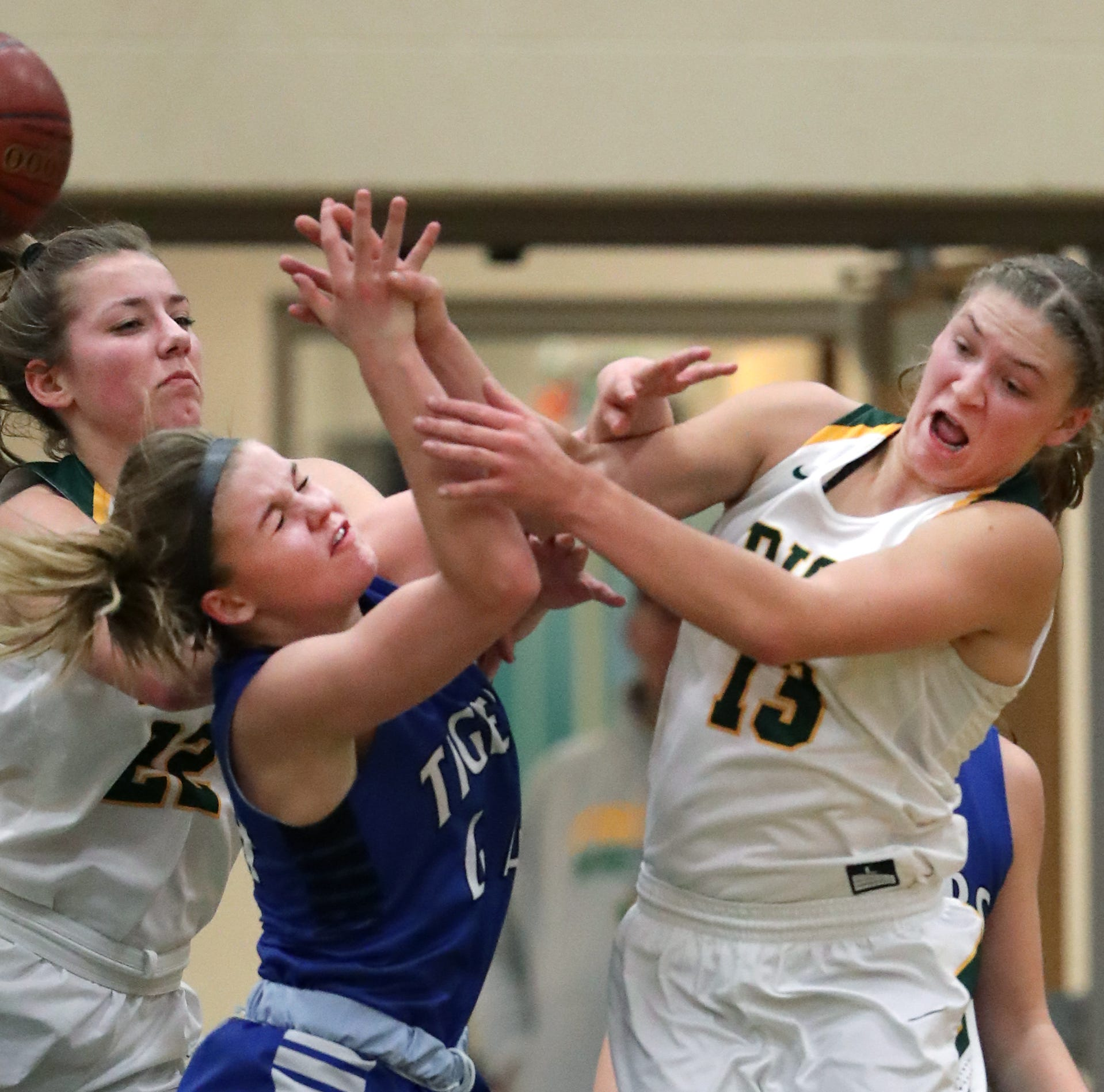 WIAA girls state basketball: Freedom looks to get defensive in Division 3 semifinal