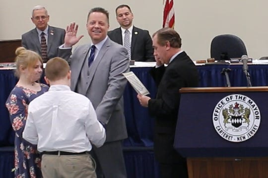 Carteret Mayor Daniel J. Reiman began his fifth consecutive four-year term as mayor on Sunday.
