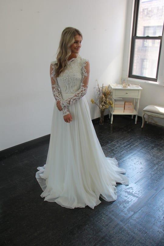 Bringing Up Bates Josie Finds Her Wedding Dress Carlin Goes Ring