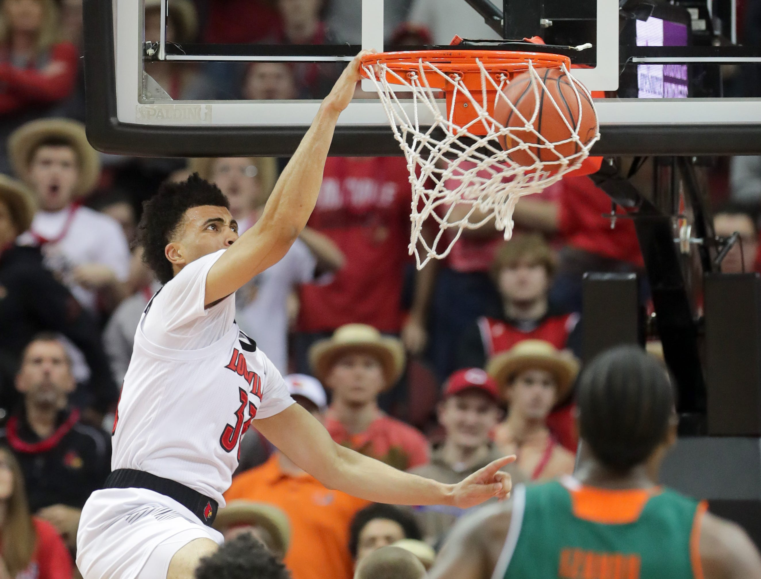 Louisville's Jordan Nwora with a monster dunk against Miami. 