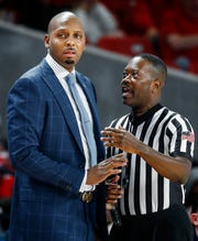 Memphis head coach Penny Hardaway during action against Houston.