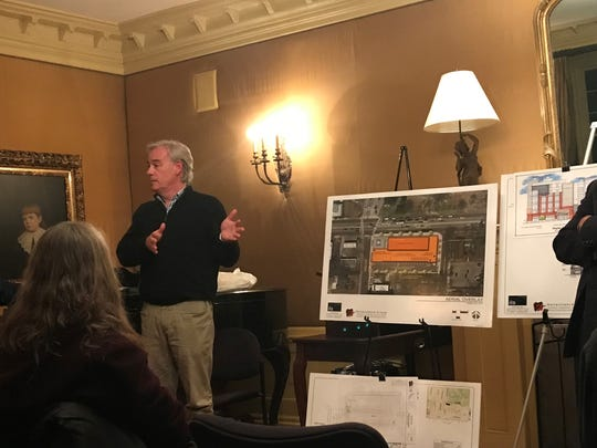 Vince Smith, the developer behind the Art Lofts apartments planned to replace Memphis College of Art dorms and offices, discussed the plan at a meeting with Midtown residents.