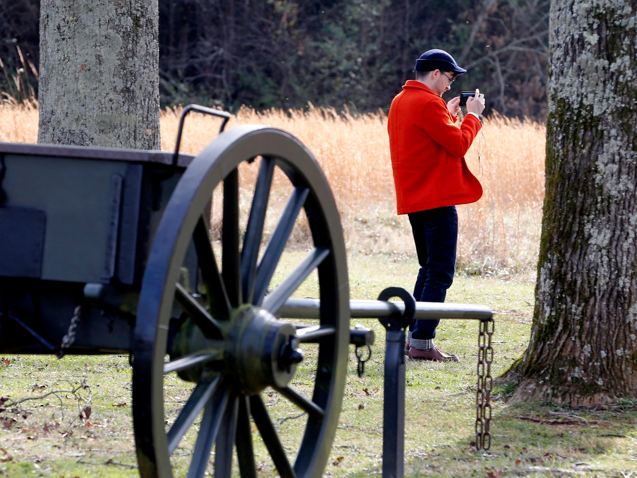 William Schlaack takes a picture of a civil war cannon at the Stones River National Battlefield, which is still closed on Thursday Jan. 7, 2019, after the government shutdown on Dec. 22, 2018.