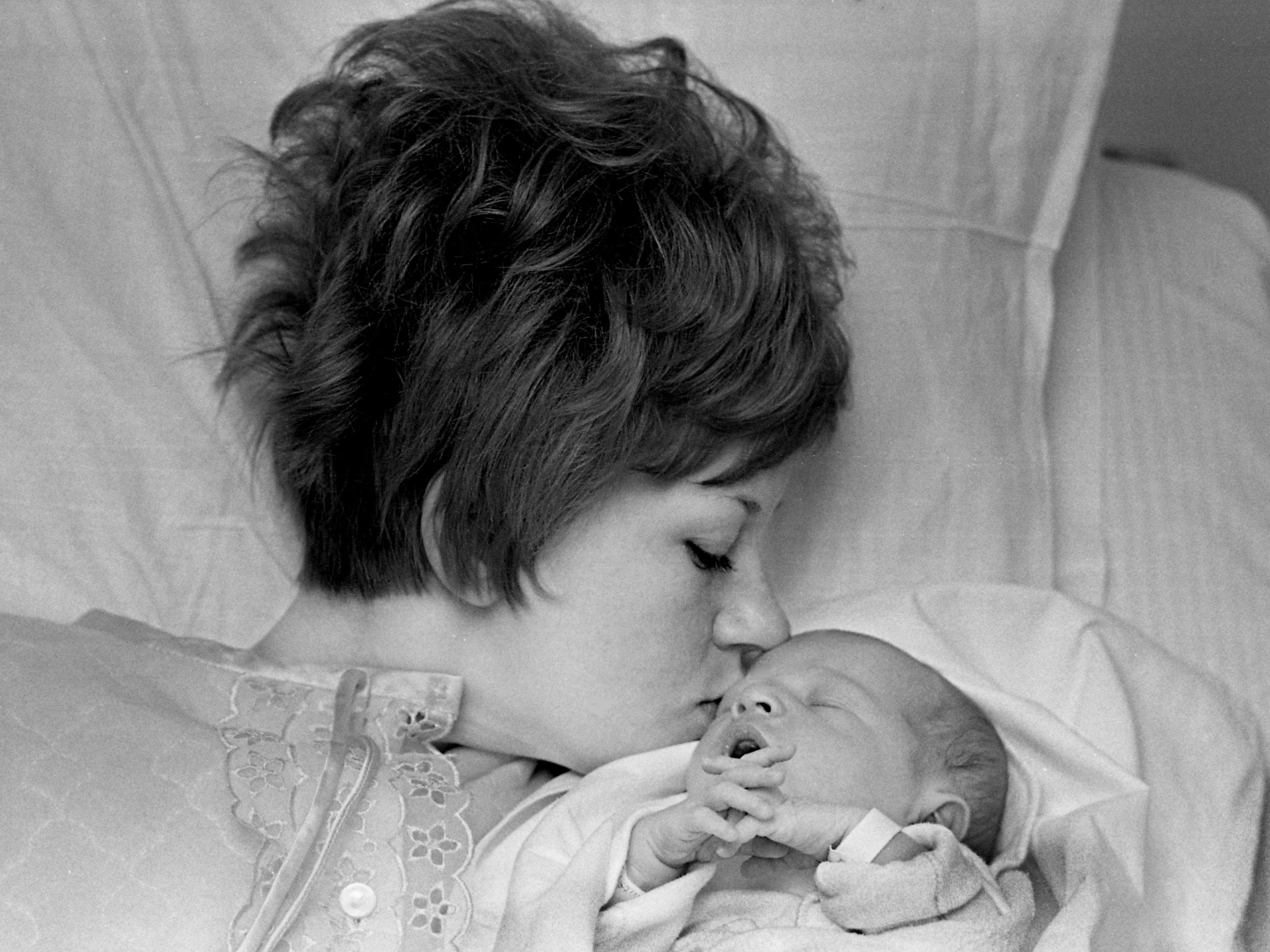 Mrs. Charles Ray White of Nashville welcomes her son, the first baby boy born in Nashville, with a kiss at Nashville Memorial Hospital on Jan. 1, 1969. The baby arrived at 3:03 a.m.