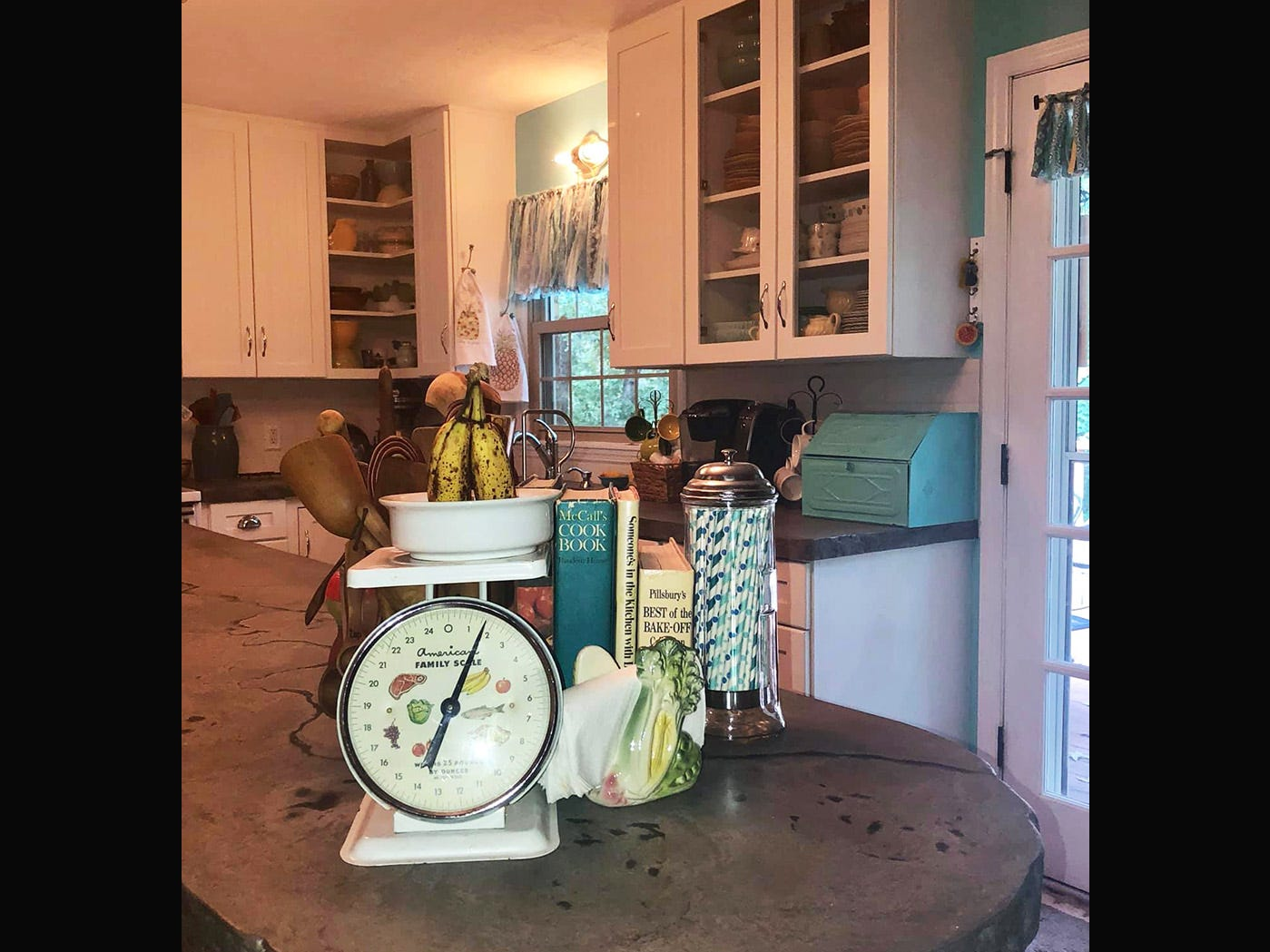 A variety of vintage items from the 1950s complete Kathleen Walter's retro kitchen redesign.