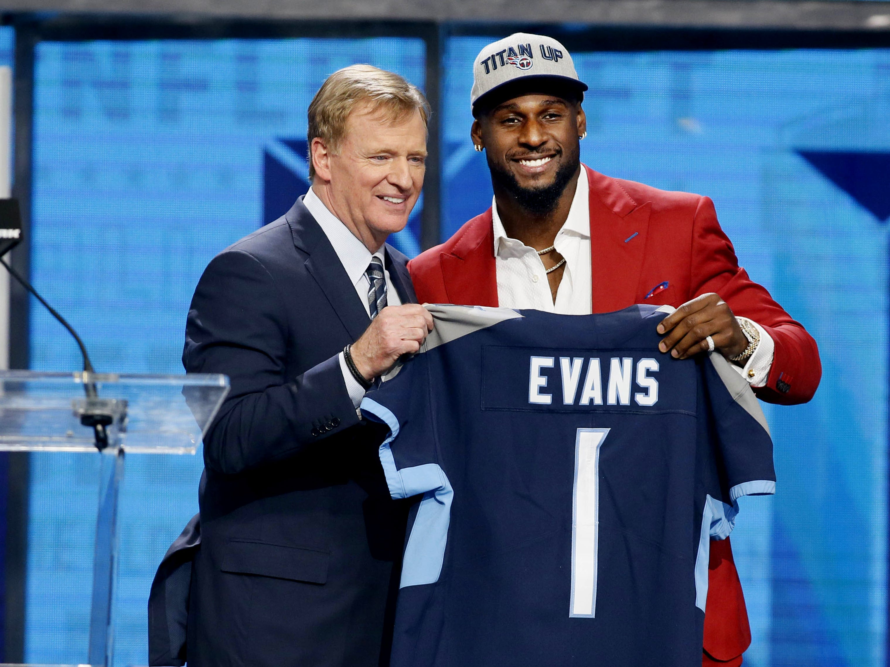 2018 Rashaan Evans (No. 22 overall) Linebacker-Alabama  Titans fans had to be excited by the way Evans played in the second half of the season. After injuries forced him to sit during a large portion of the preseason, he settled in by Week 7 as an excellent run-stopping linebacker.