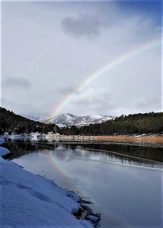 alto lake and rainbow