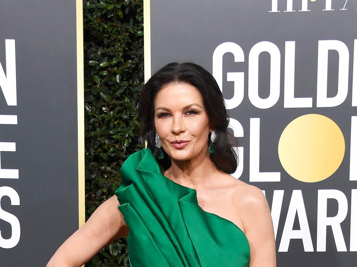Catherine Zeta-Jones asiste a la 76ª entrega anual de los Globos de Oro en el Beverly Hilton Hotel el 6 de enero de 2019 en Beverly Hills, California.