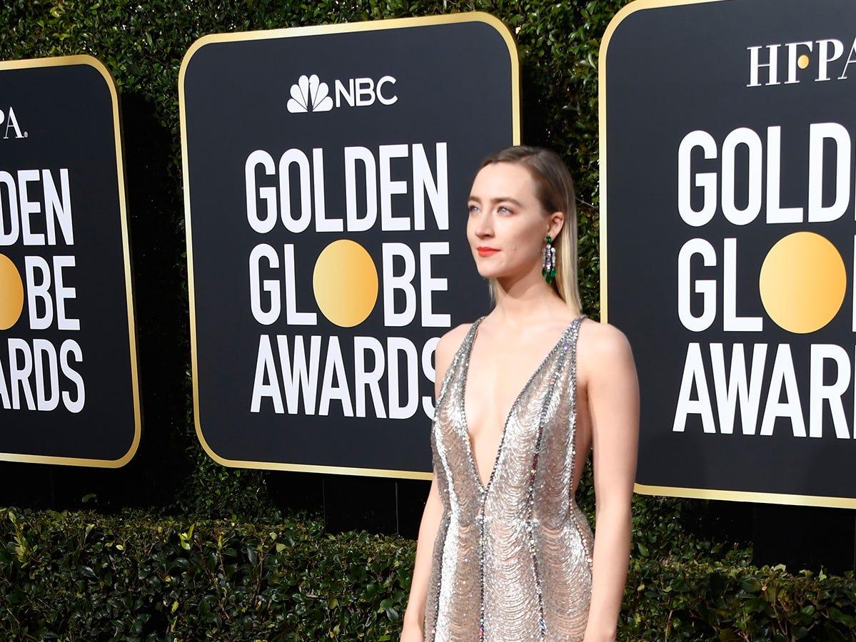 Saoirse Ronan asiste a la 76ª entrega anual de los Globos de Oro en el Beverly Hilton Hotel el 6 de enero de 2019 en Beverly Hills, California.