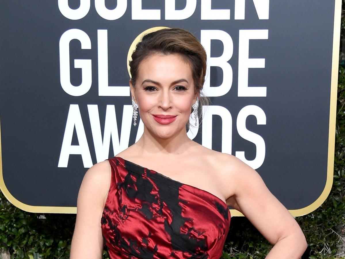 Alyssa Milano asiste a la 76ª entrega anual de los Globos de Oro en el Beverly Hilton Hotel el 6 de enero de 2019 en Beverly Hills, California.