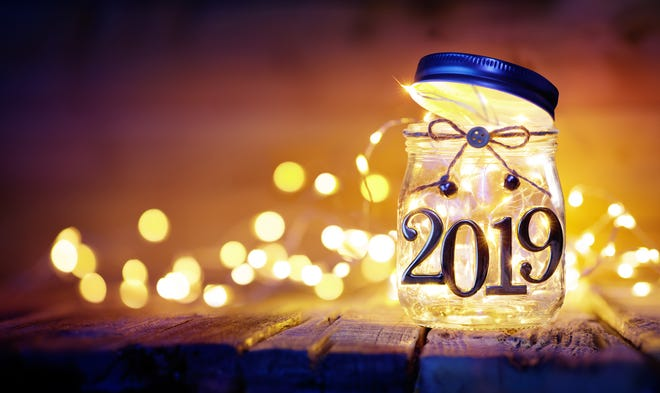 Each January brings a fresh start, which is often a welcome change of pace after the indulgent holiday season. Set yourself up for success in 2019 with some New Year's resolutions that will stick!