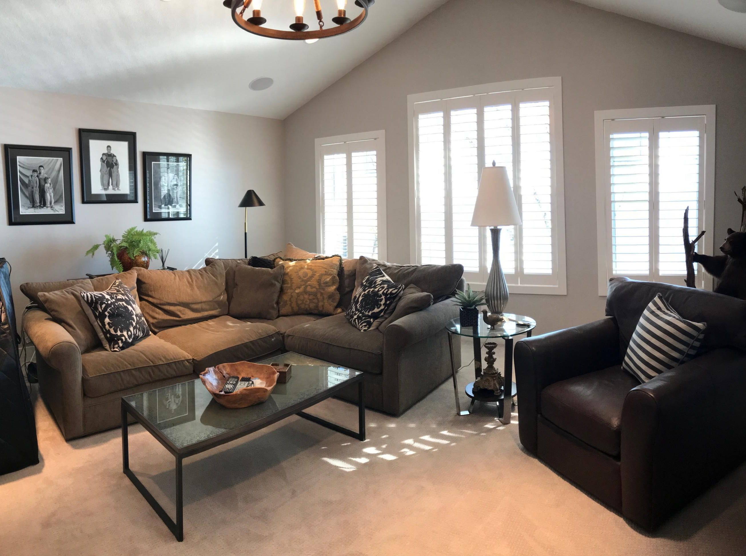 The upper level great room is a bright, spacious family room overlooking the lake.