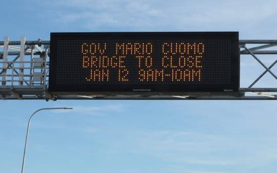 A sign stating the Gov. Mario Cuomo will be closed between 9:00 a.m.-10:00 a.m on the morning of January 12 is seen in Tarrytown on Jan. 7, 2019.