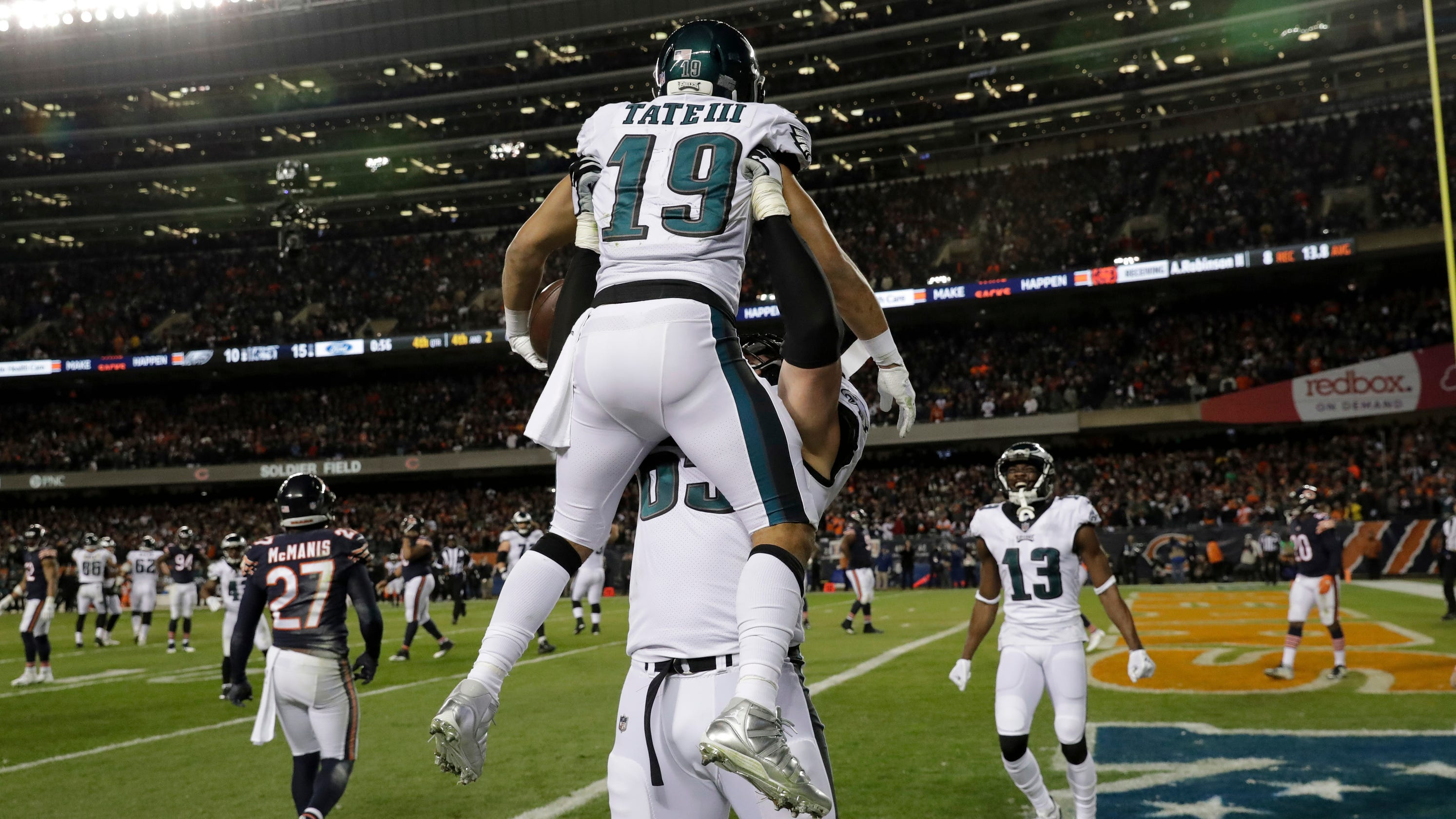 d5c821c0eb9 Foles' magic enables Eagles to survive Bears' last-second chance to win the  game