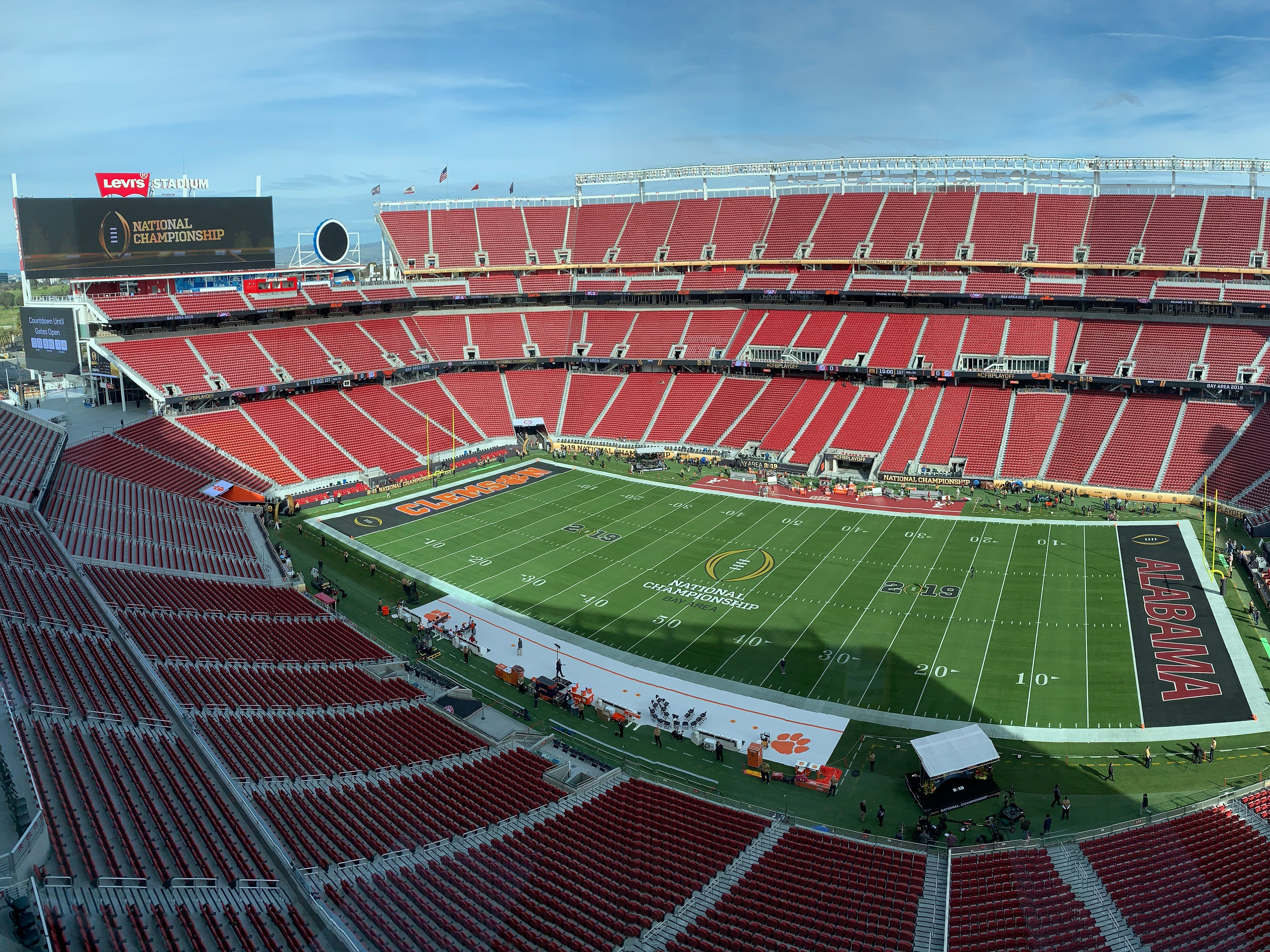 A general view of the stadium before the 2019 College Football Playoff Championship game between the Alabama Crimson Tide and Clemson Tigers at Levi's Stadium.