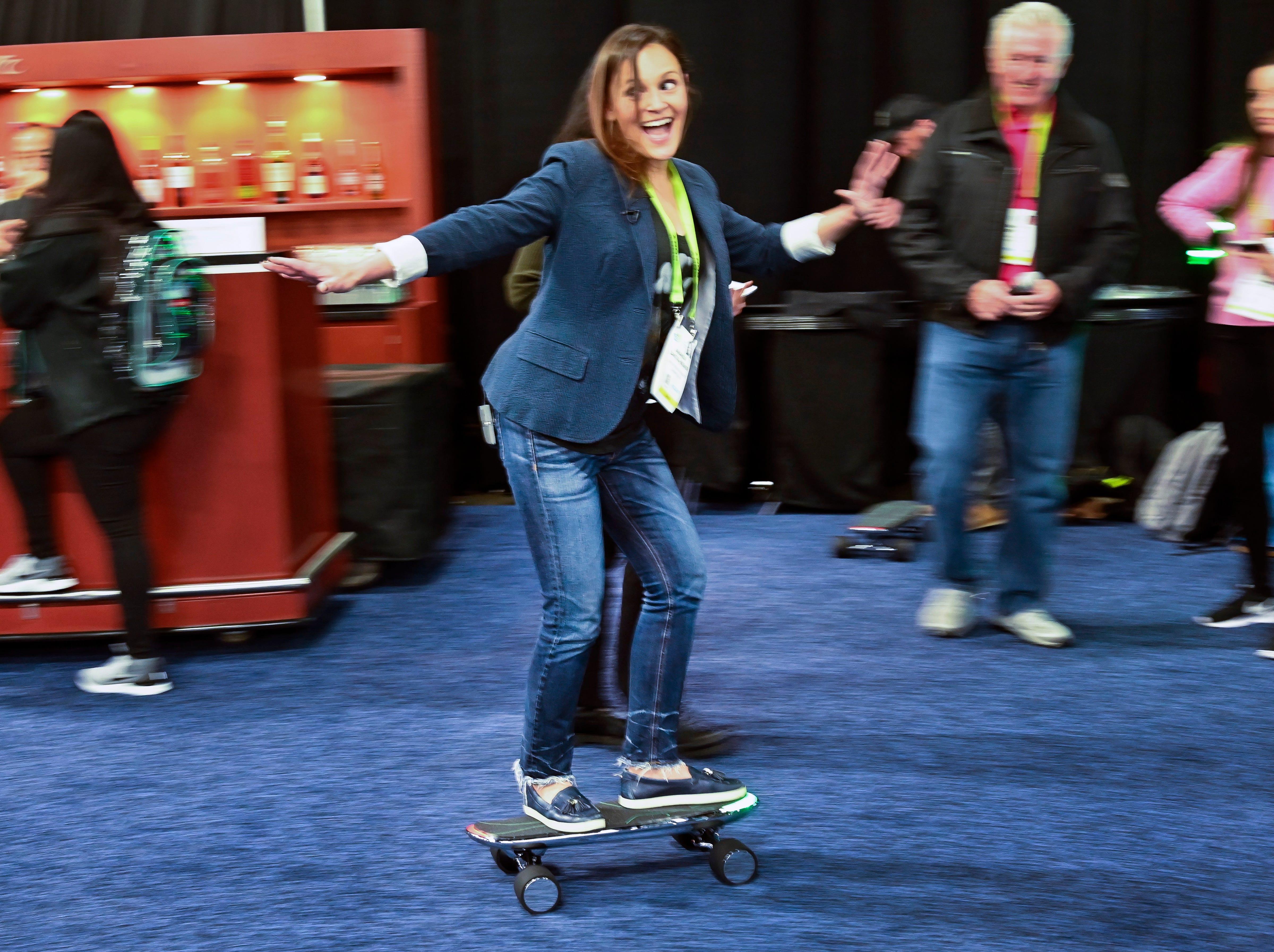 Amanda Zantal-Wiener tries the Walnut Technology Spectra X.