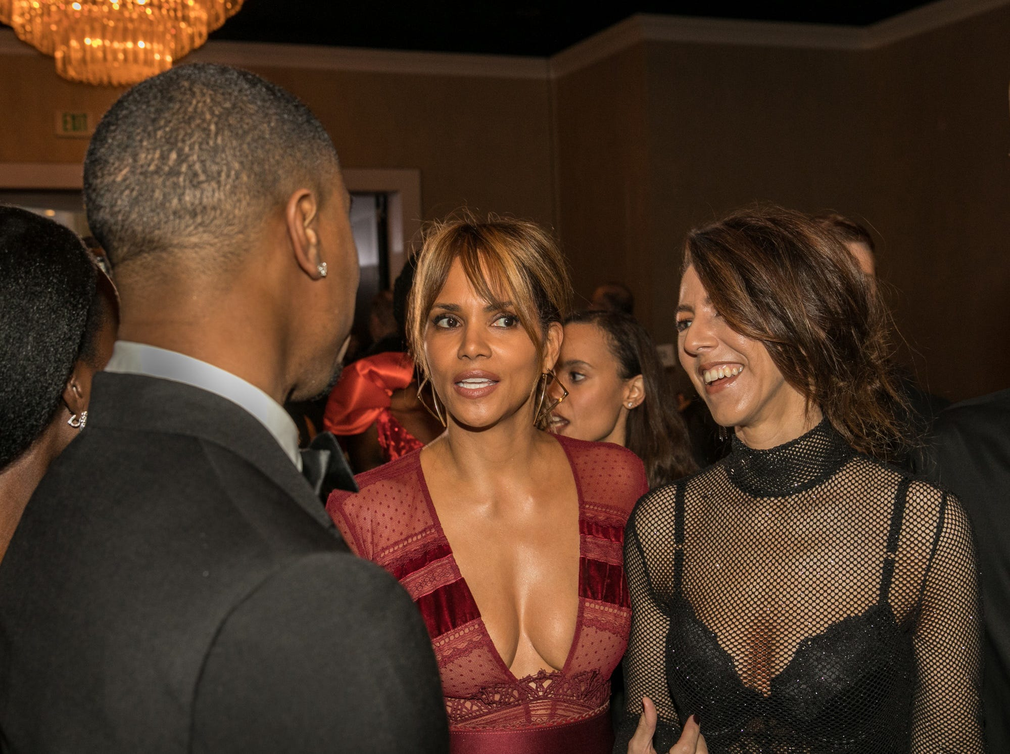Jan 6, 2019; Beverly Hills, CA, USA; Halle Berry arrives during the 76th Golden Globe Awards in the International Ballroom at the Beverly Hilton. Mandatory Credit: David Sprague-USA TODAY ORIG FILE ID:  20190106_ajw_ooo_470.jpg
