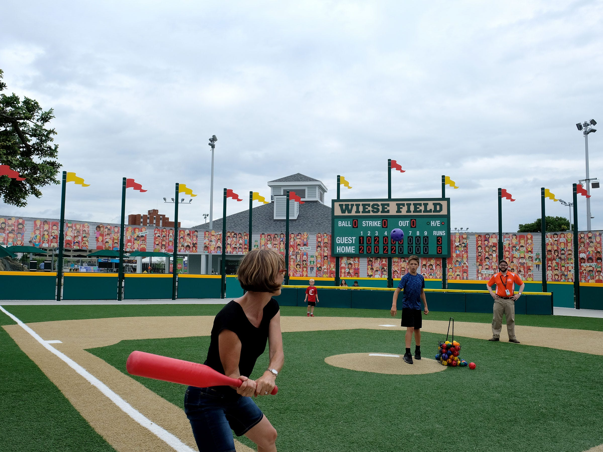 The spacious Sports Legends Experience at the Children's Museum of Indianapolis combines physical fitness with an appreciation of the history of sport. There are 15 exhibits covering such activities as golf, basketball, football, tennis, hockey and racing. A top attraction is Wiese Field, where you can swing for the fences.