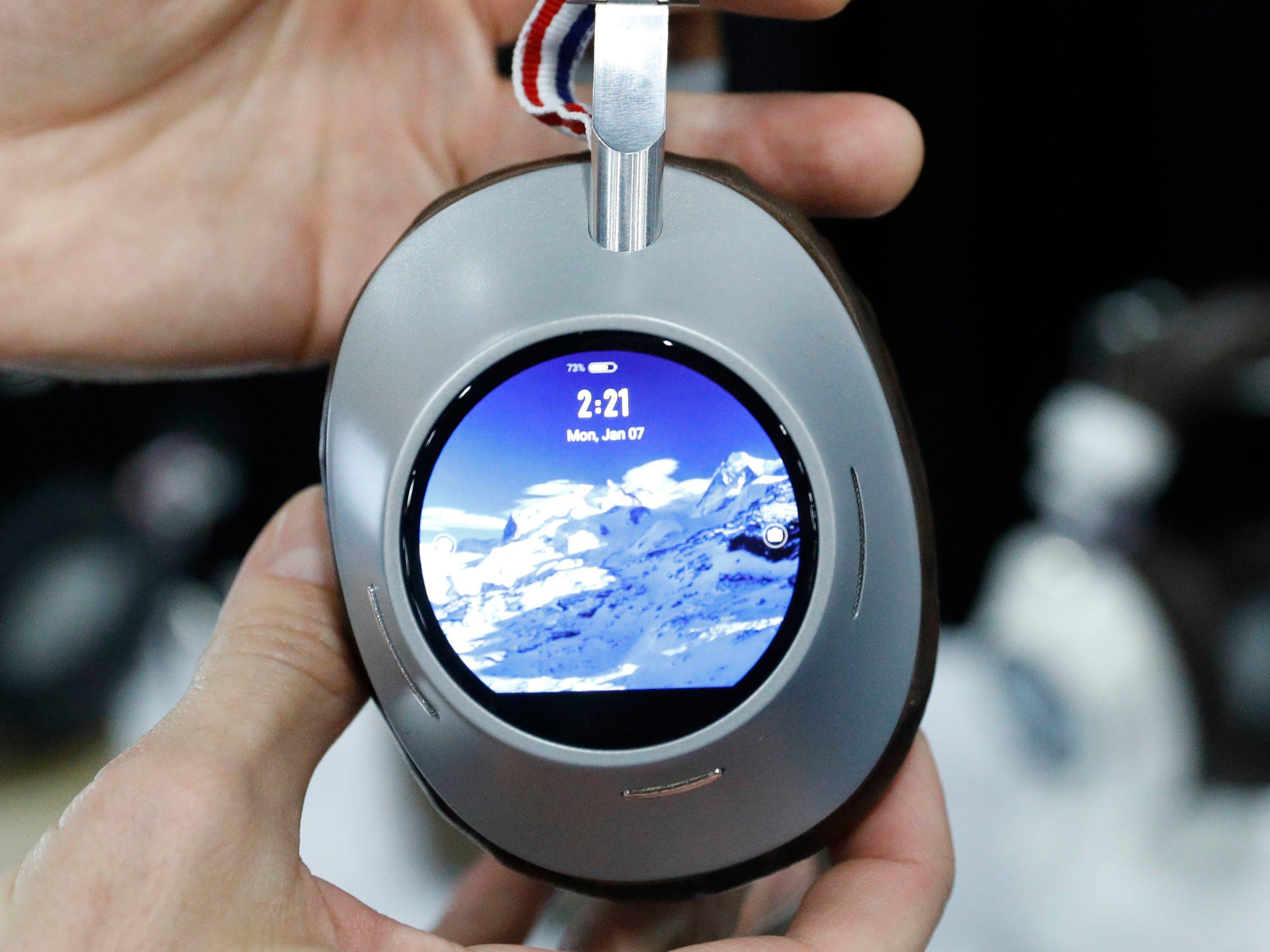 Prelude smart headphones.