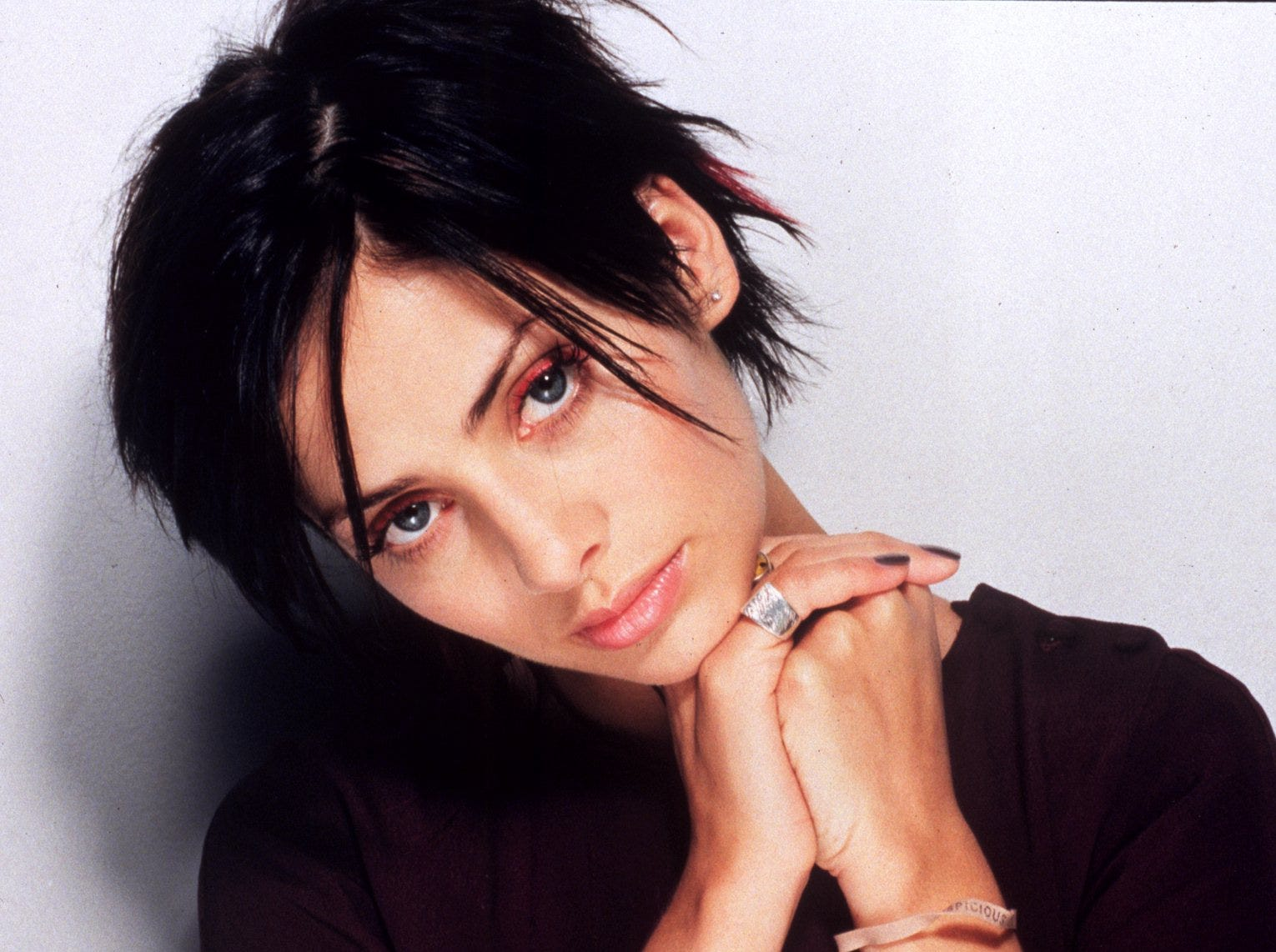 """Natalie Imbruglia is one of the many 1990s and 2000s artists who never managed to replicate the success of a big breakthrough hit -- for the Canadian singer, her hit was """"Torn."""" Read on for more of our favorite '90s and '00s one-hit wonders."""