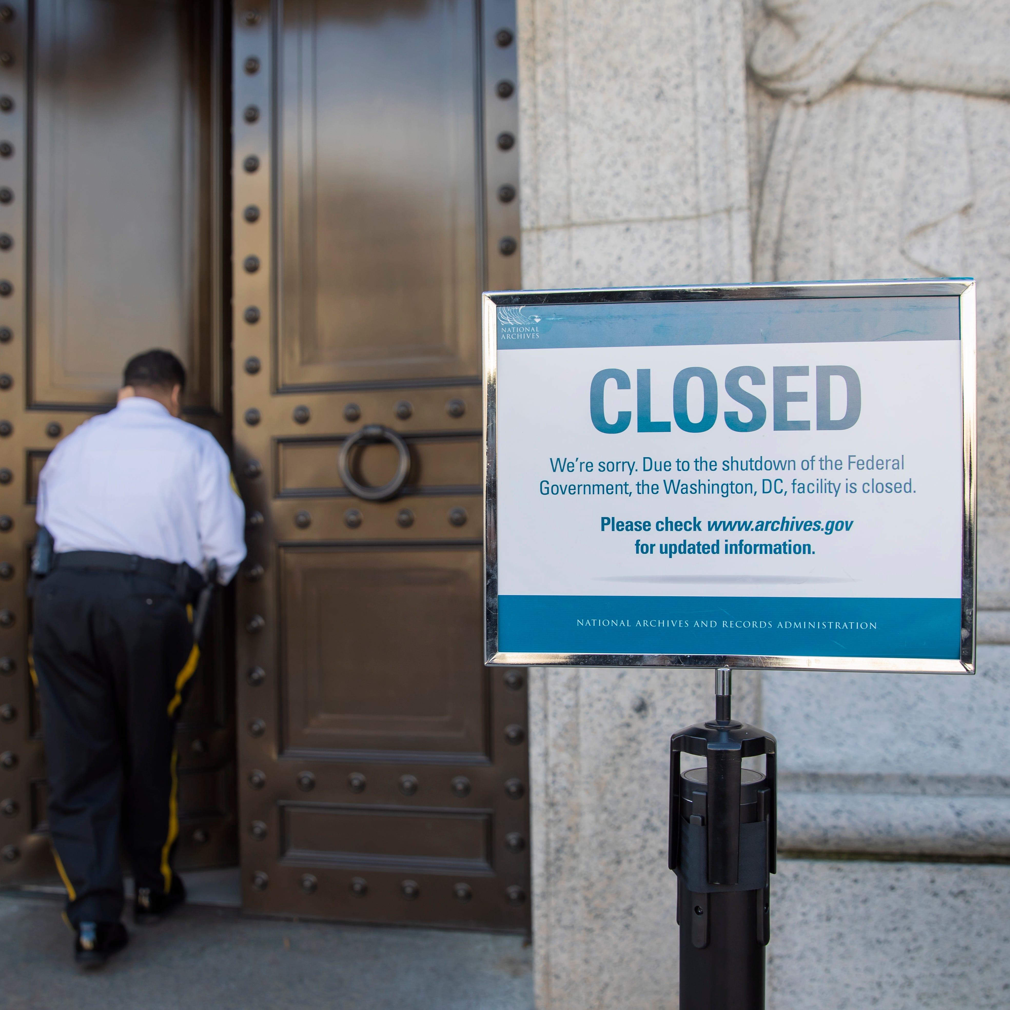 Feds won't investigate most vehicle defects during government shutdown