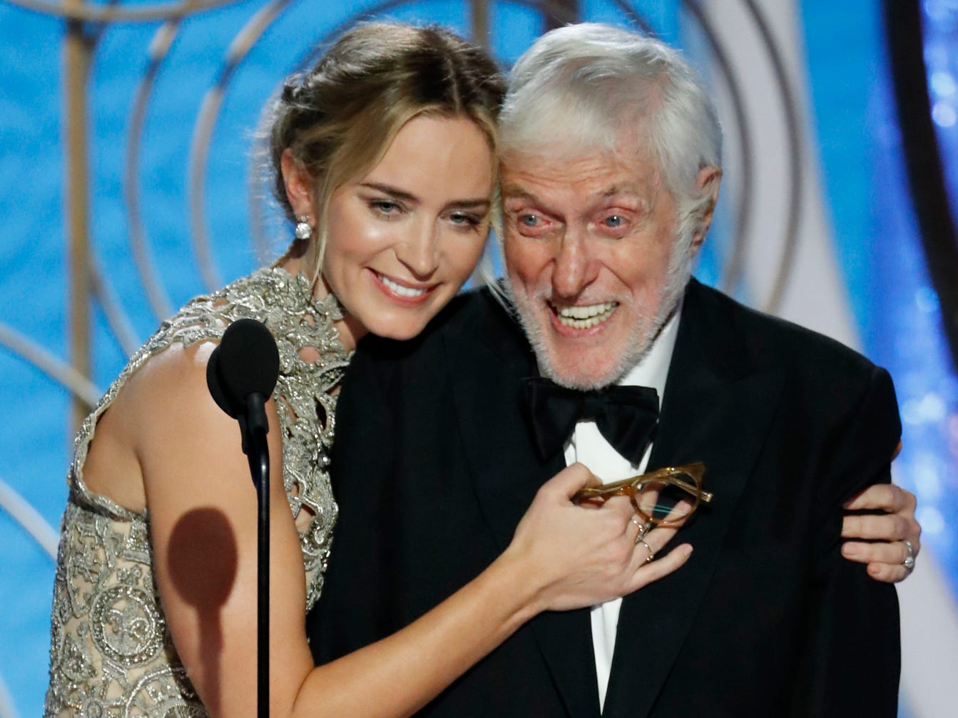 Emily Blunt hugs Dick Van Dyke during the 76th Golden Globe Awards.
