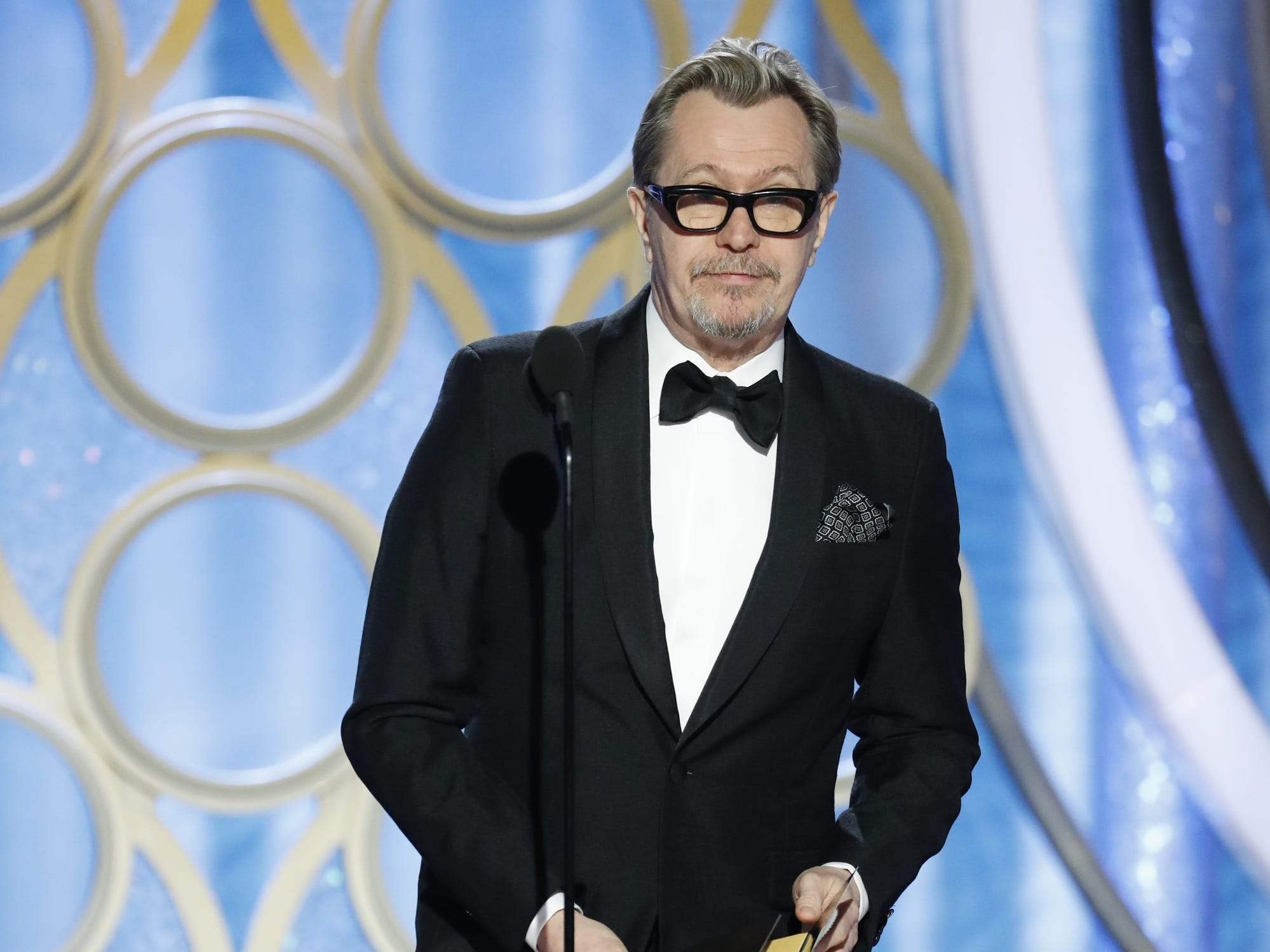 Gary Oldman presents during the 76th Golden Globe Awards.