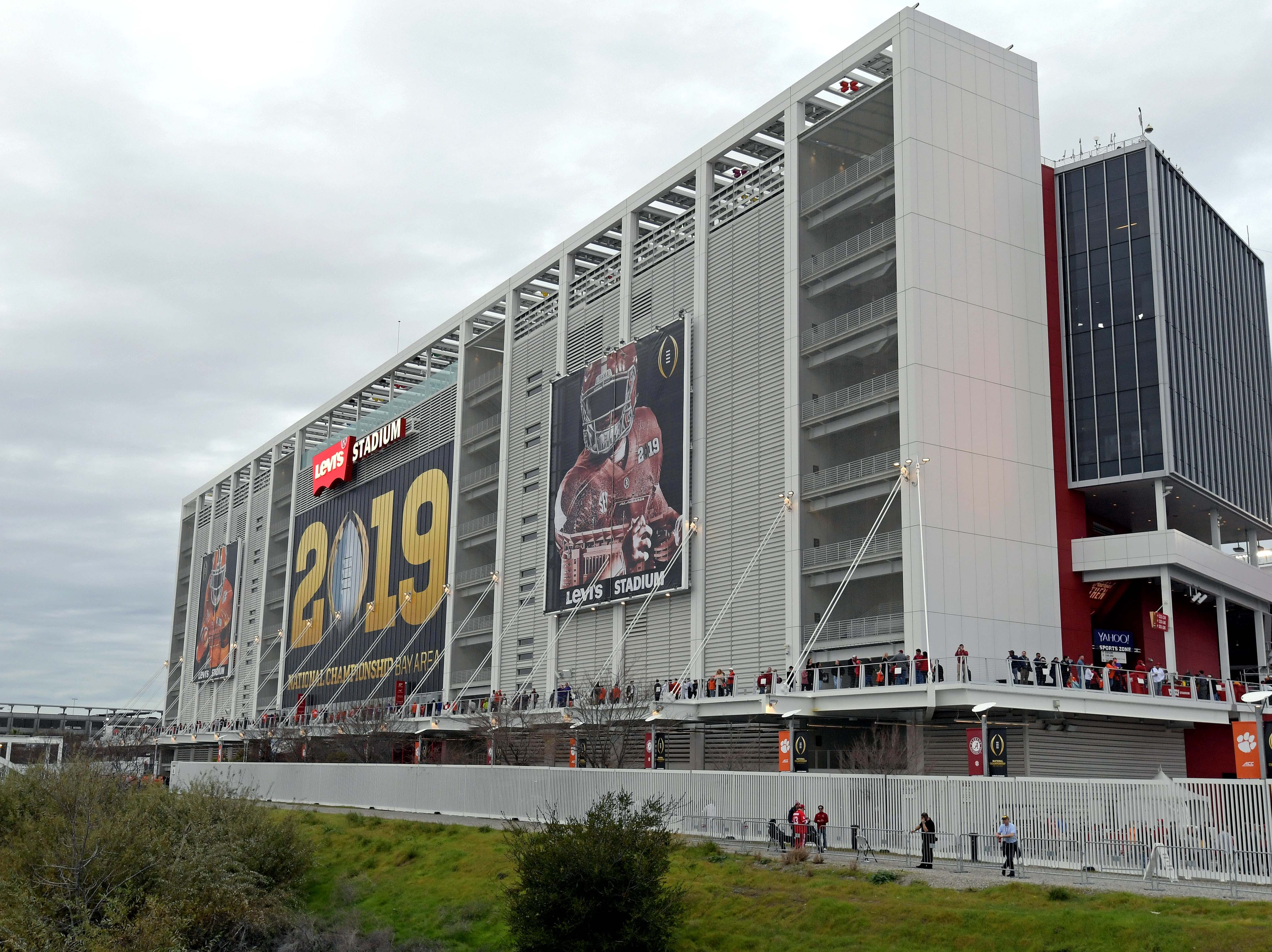 A view of Levi's Stadium before the game.