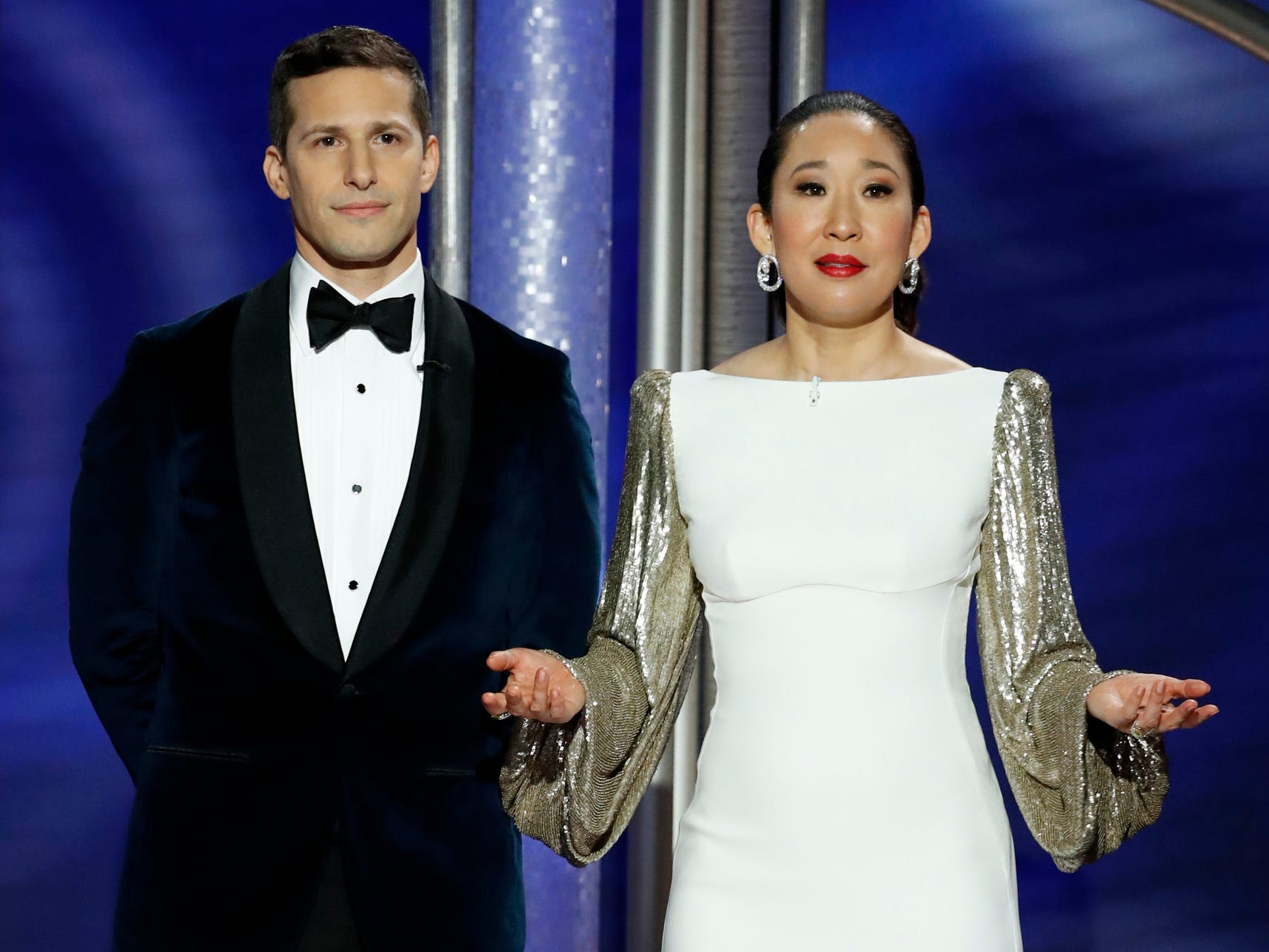 Andy Samberg and Sandra Oh speak on stage during the 76th Golden Globe Awards.