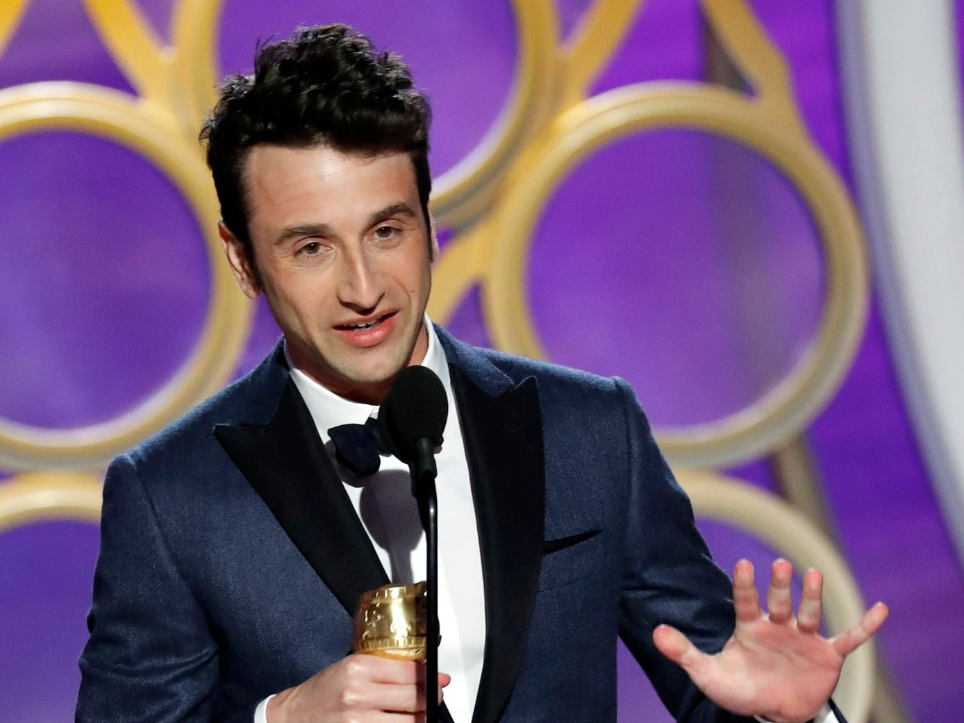 Justin Hurwitz, accepts the Best Original Score - Motion Picture award during the 76th Golden Globe Awards.