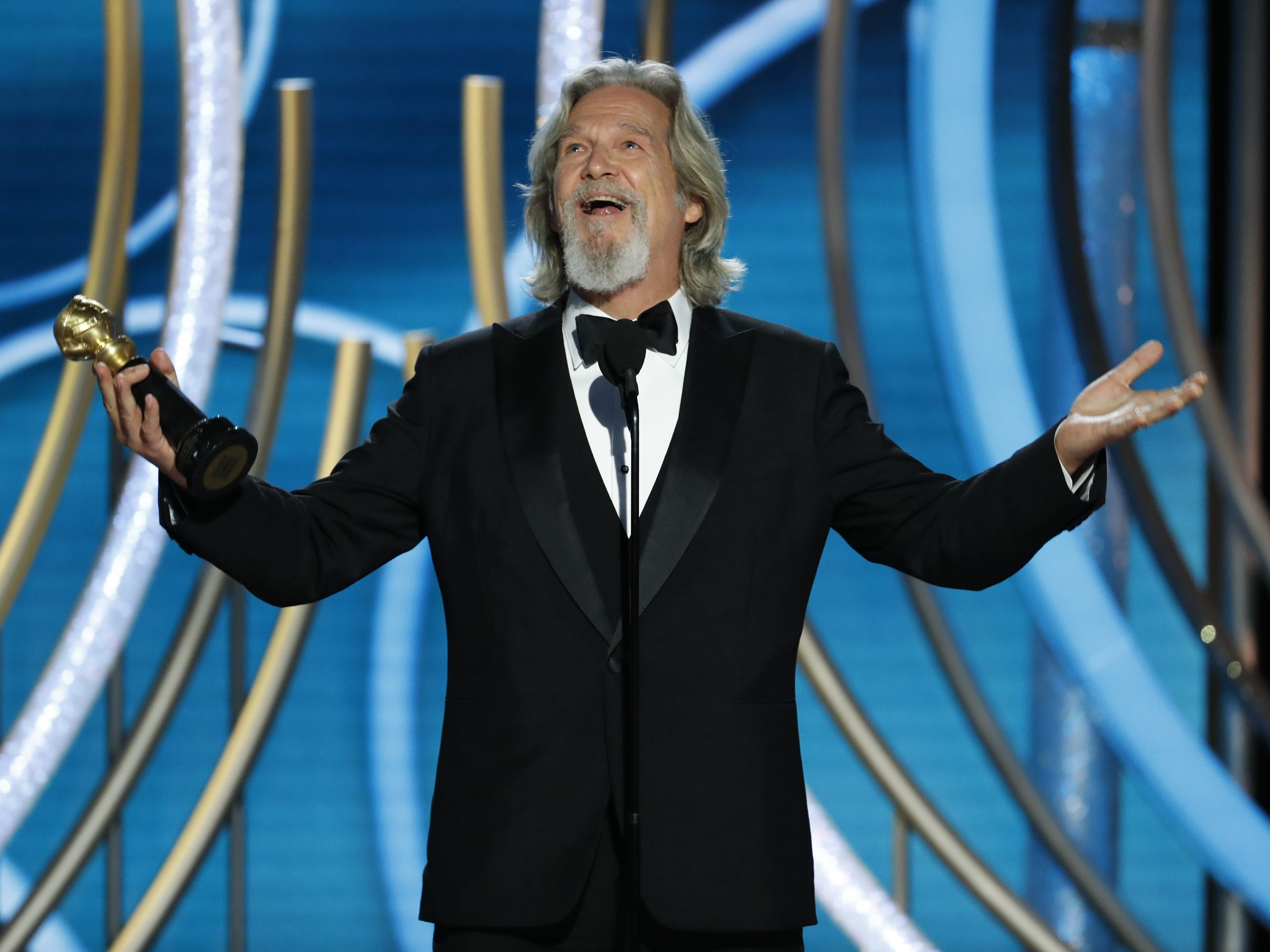 Jeff Bridges wins the Cecil B. Demille Award during the 76th Golden Globe Awards.