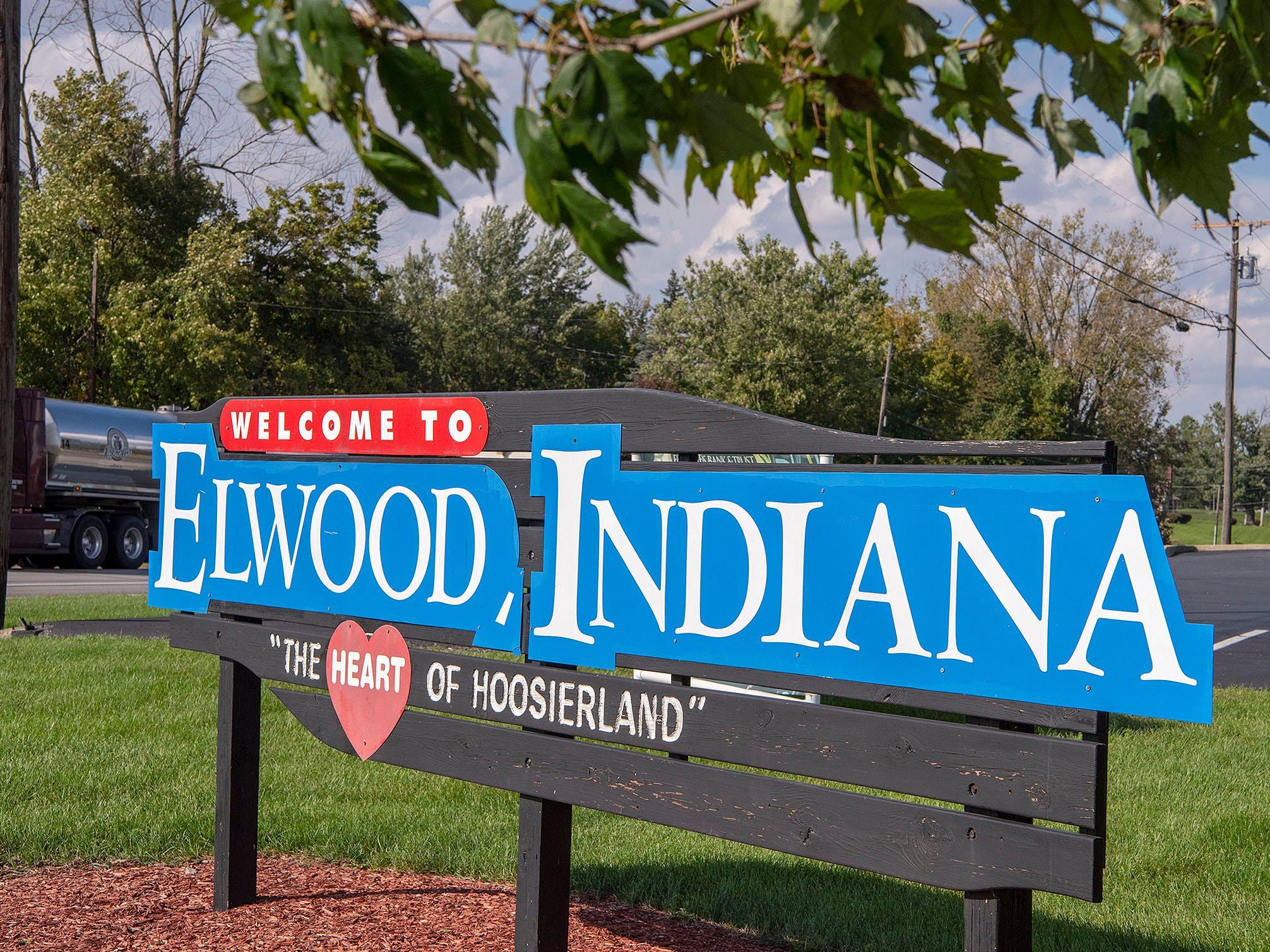 The town of Elwood is the home of Red Gold tomatoes, a four-generation processor that has relationships with more than 50 Midwestern growers. Elwood also is the home of Wendell Willkie, the Republican nominee for president in 1940.