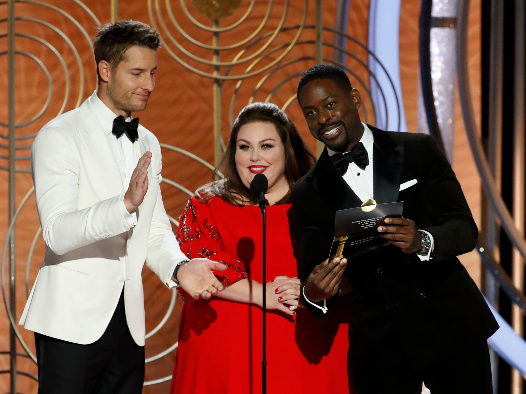 Justin Hartley, Chrissy Metz, Sterling K. Brown present during the 76th Golden Globe Awards.