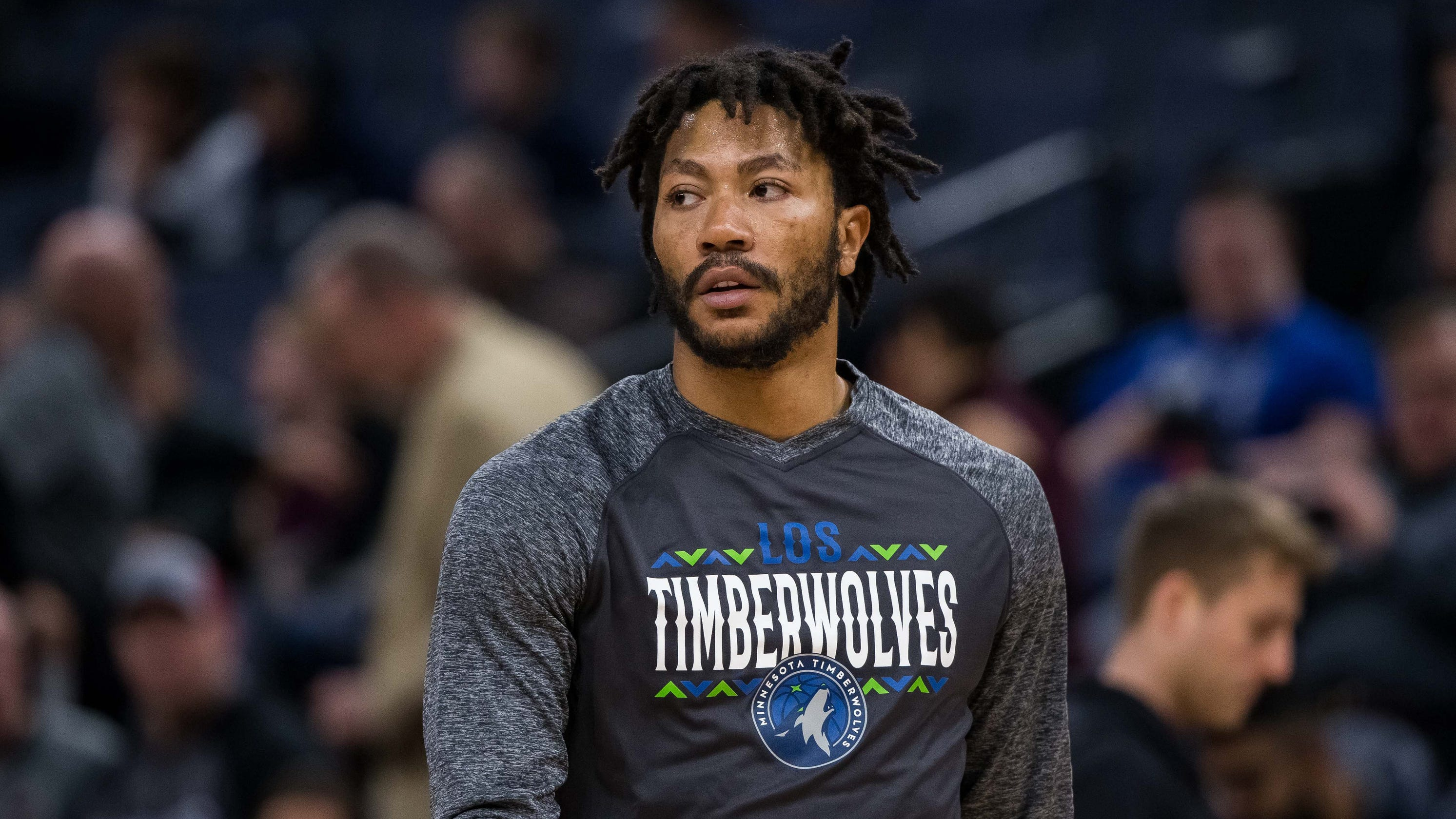 6fda69d53b6 Derrick Rose apologizes for  kill yourself  comments