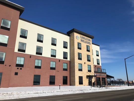 Cobblestone Hotel & Suites in Fox Crossing