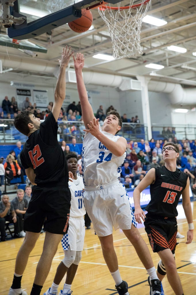 Chillicothe defeated Waverly Saturday night at Chillicothe High School 71-40.