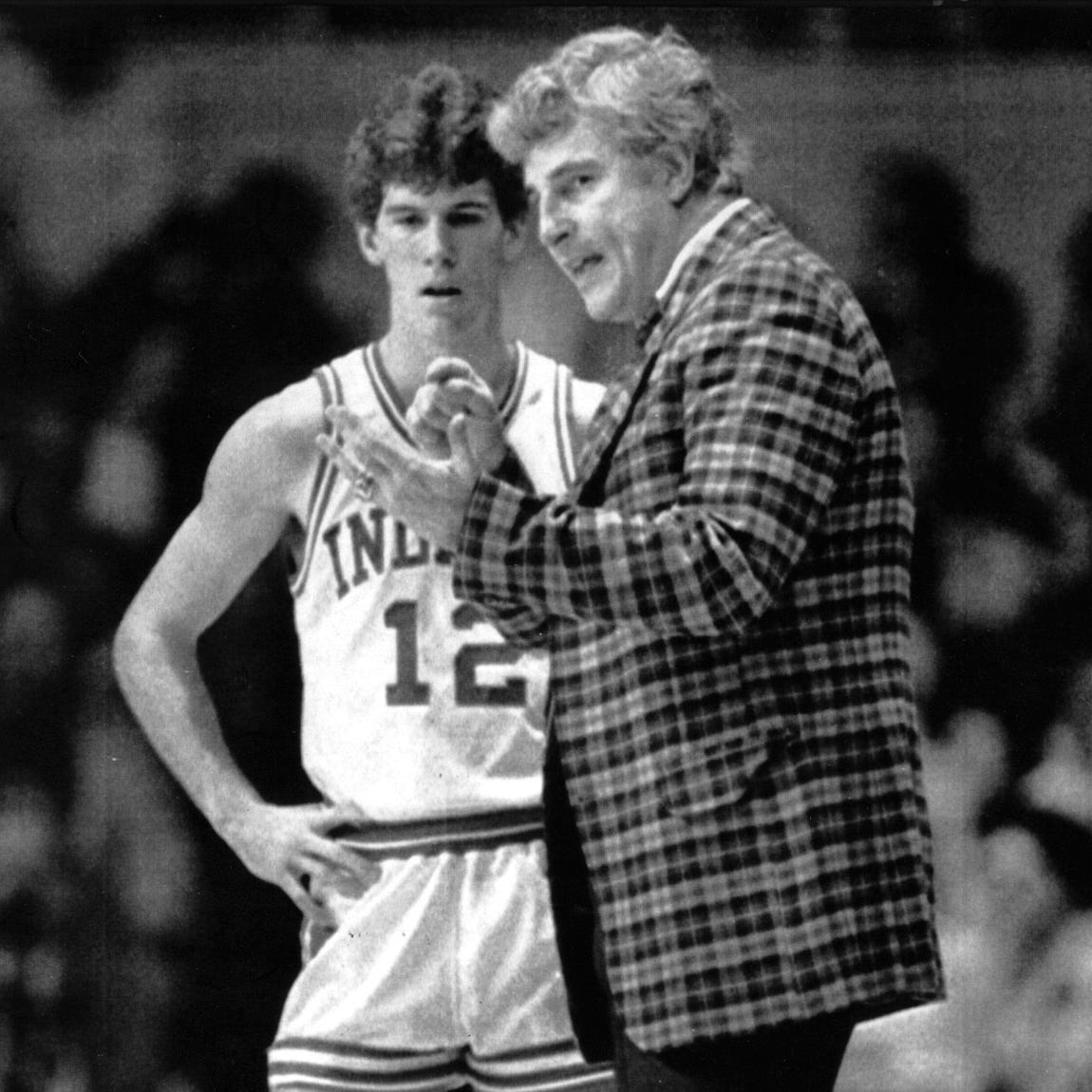 Out of job at UCLA, Steve Alford reveals incredible IU Bobby Knight stories