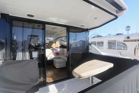 Dream Homes: The Sea Ray 400 Sundancer, a luxury sport yacht you can live aboard