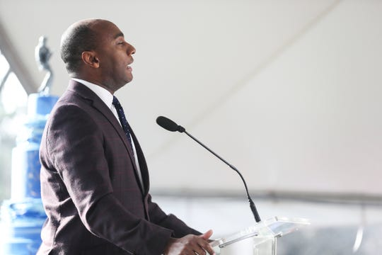 Shelby County Mayor Lee Harris speaking at a previous event.