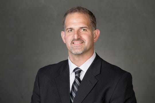UW offensive coordinator Joe Rudolph appears out of the running for the head coaching job at Temple.
