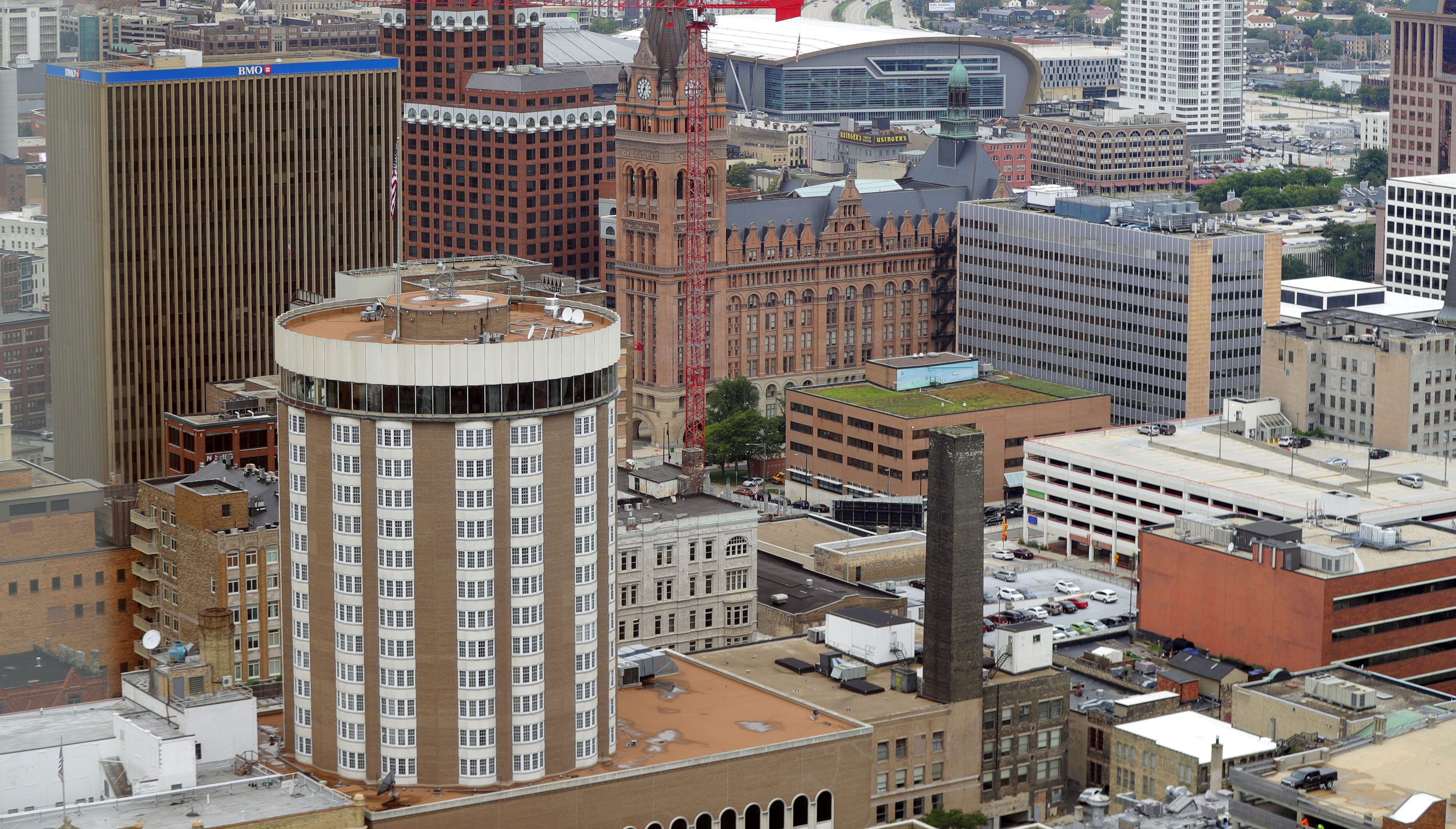 Milwaukee most segregated area in country, Brookings