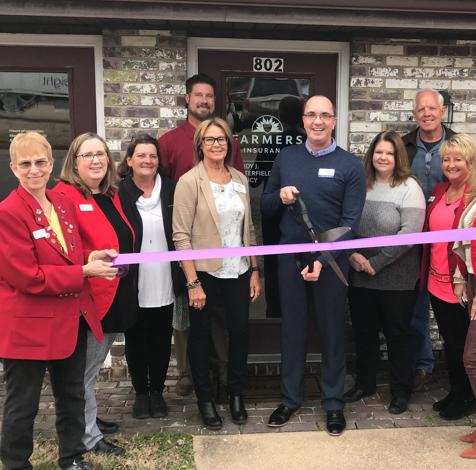 Chamber cuts ribbon for Farmers Insurance