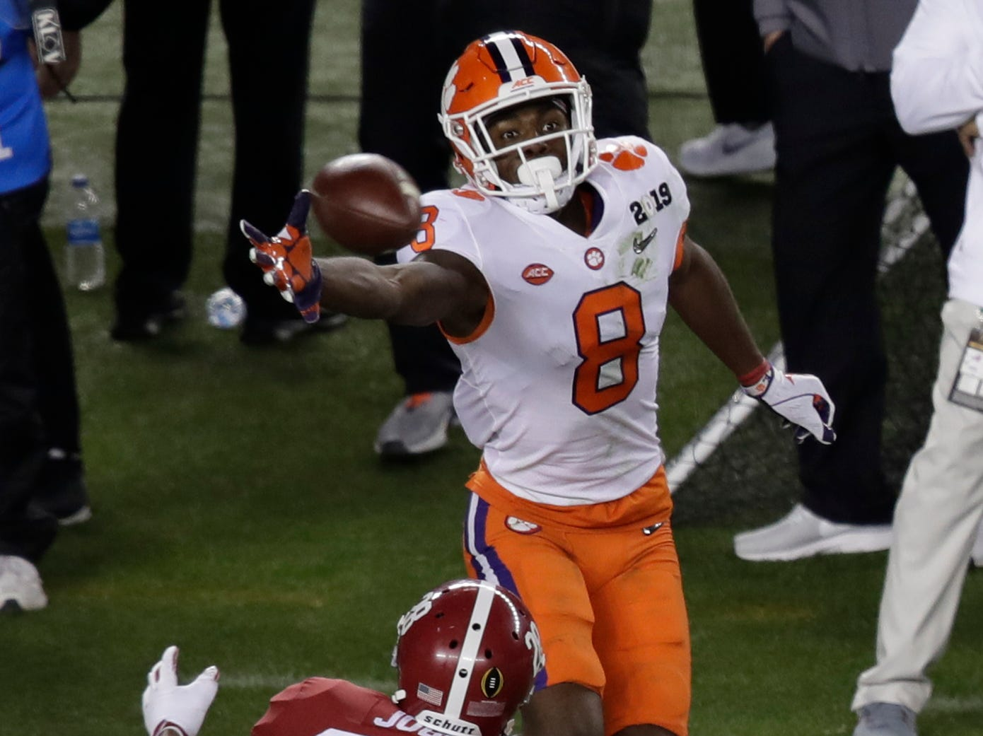 Clemson's Justyn Ross makes a one-handed catch in front of Alabama's Josh Jobe during the second half of the NCAA college football playoff championship game, Monday, Jan. 7, 2019, in Santa Clara, Calif. (AP Photo/Jeff Chiu)