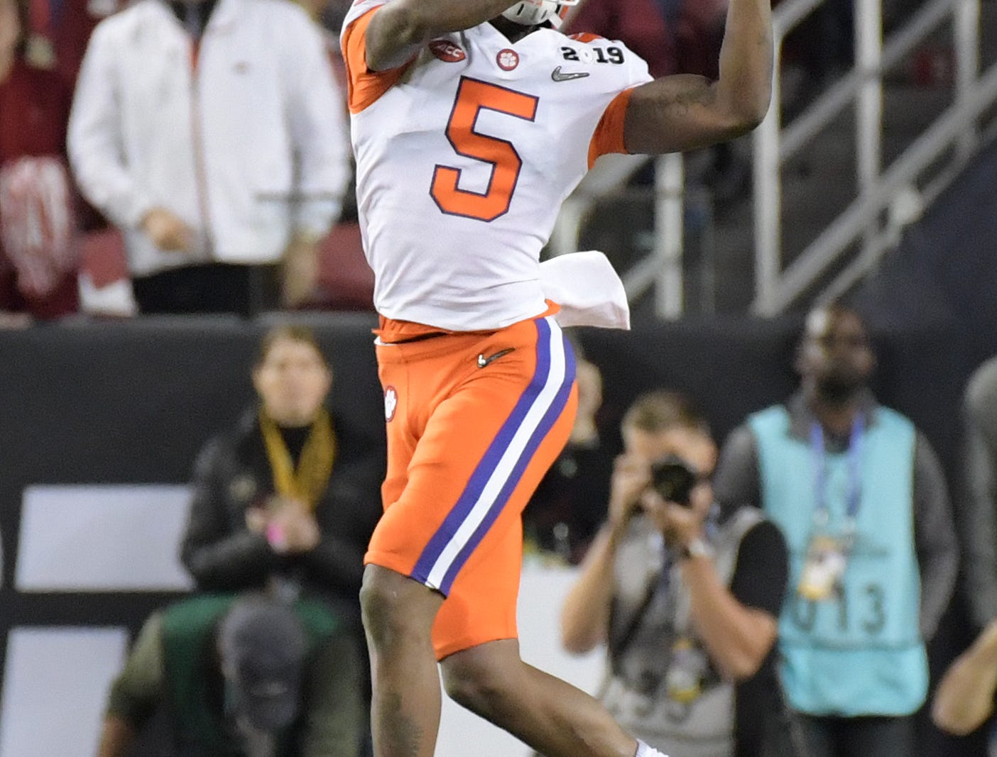 Jan 7, 2019; Santa Clara, CA, USA; Clemson Tigers wide receiver Tee Higgins (5) makes a catch in the second quarter against the Alabama Crimson Tide during the 2019 College Football Playoff Championship game at Levi's Stadium. Mandatory Credit: Kirby Lee-USA TODAY Sports