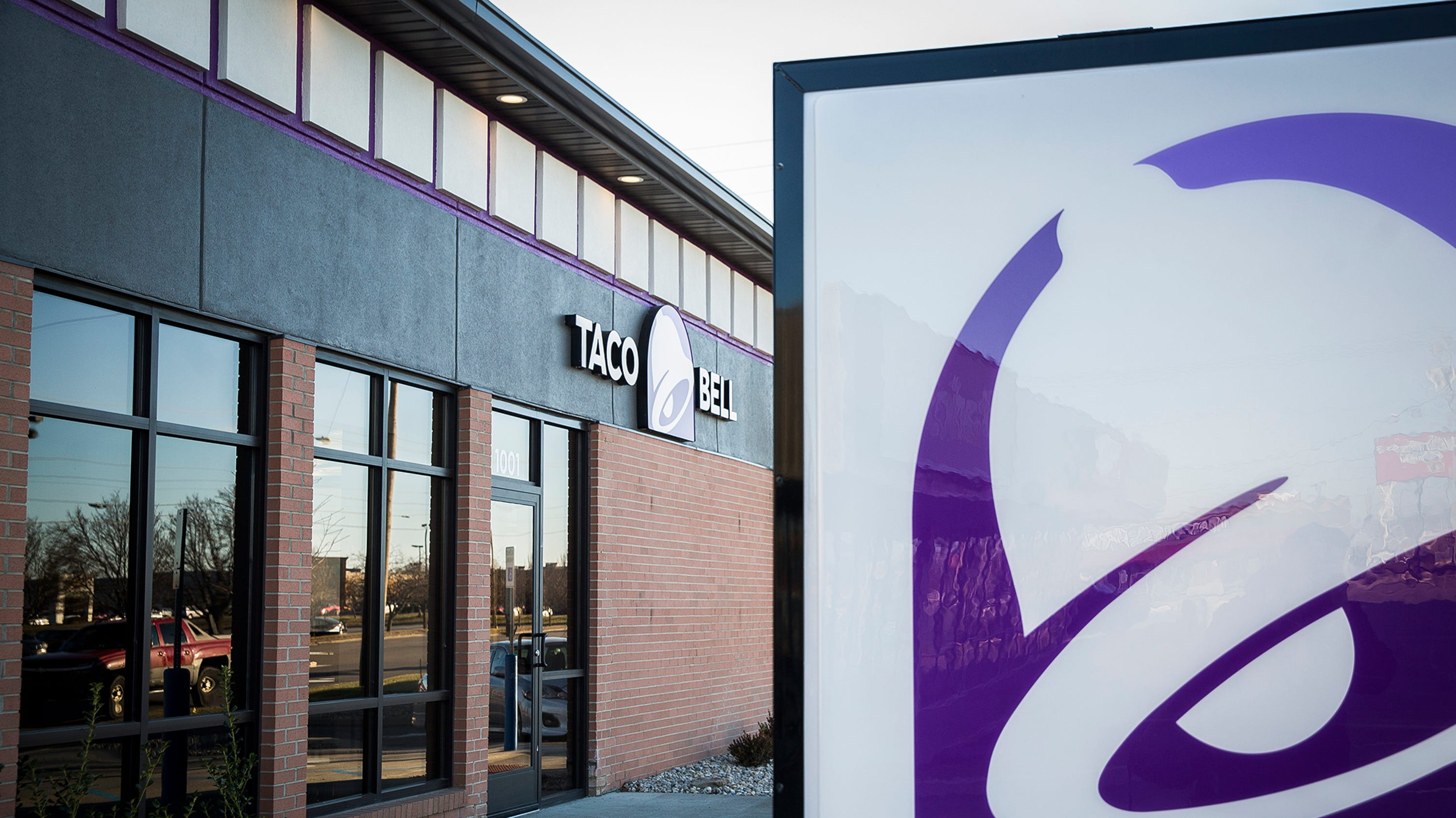 Taco Bell Opens In Old Bank Building In Muncie Indiana