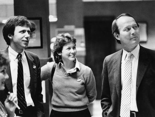 Bill Purcell, left, and Debbie Purcell share a moment with Tennessee Gov. Lamar Alexander on election night Nov. 4, 1986, in the Nashville Banner's newsroom. Purcell was elected to the state House and later served as Nashville's mayor.