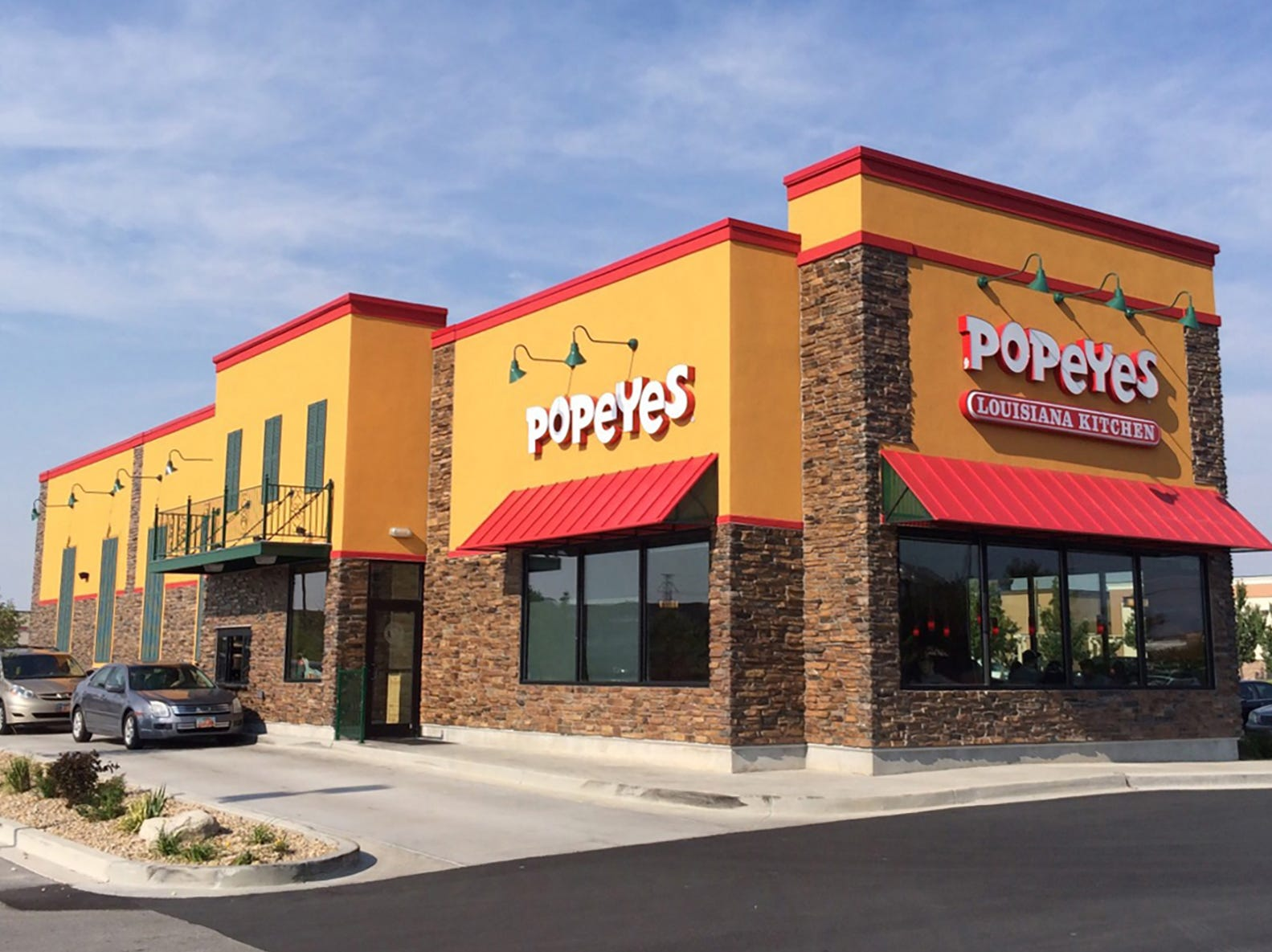 Popeyes Louisiana Kitchen franchisees are planning drive-thru locations for the fast-food fried chicken restaurant in 2019 in Golden Gate and Bonita Springs.