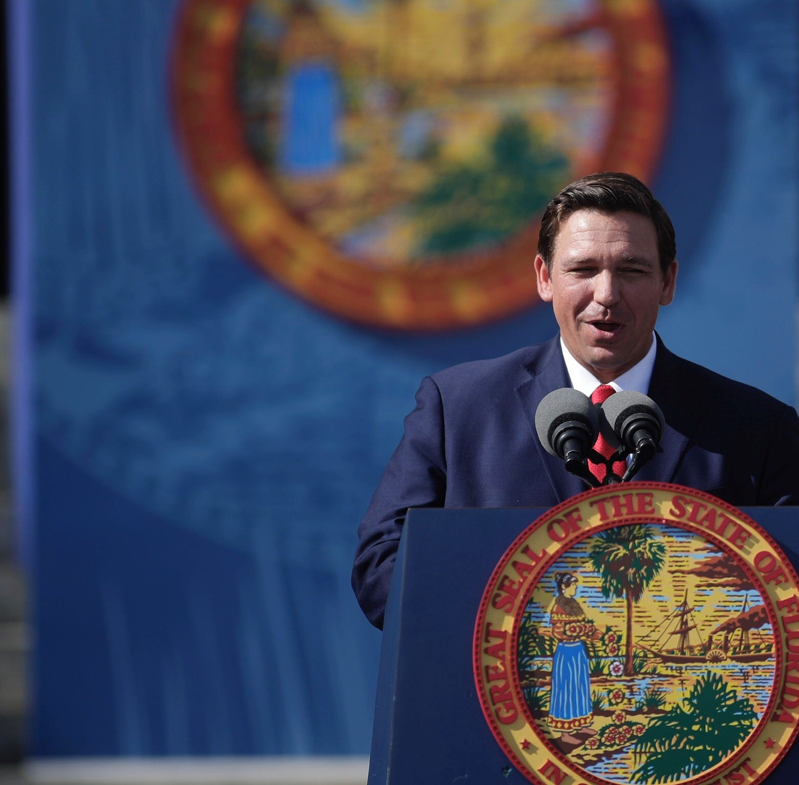 Gov. Ron DeSantis gives green light to toll roads