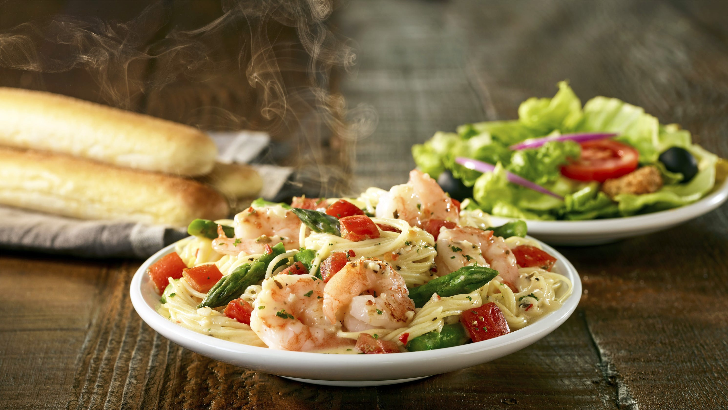 Fyi food latest dining specials and deals in the naples area - What are the specials at olive garden ...